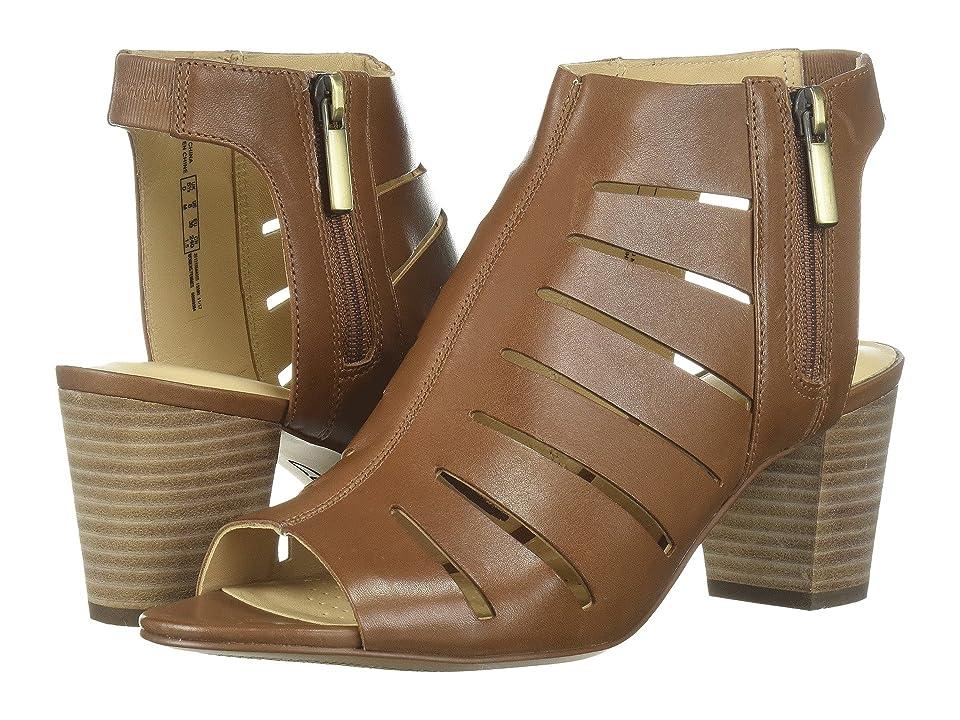 Clarks Deloria Ivy (Tan Leather) Women