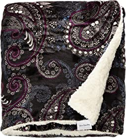 Vera Bradley - Cozy Life Throw Blanket