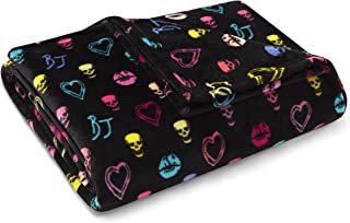 Betsey Johnson Throw 50x70 Betsey Signature