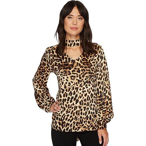 2b8daff31 VINCE CAMUTO Women's Long Sleeve Exotic Animal Choker V-Neck Blouse