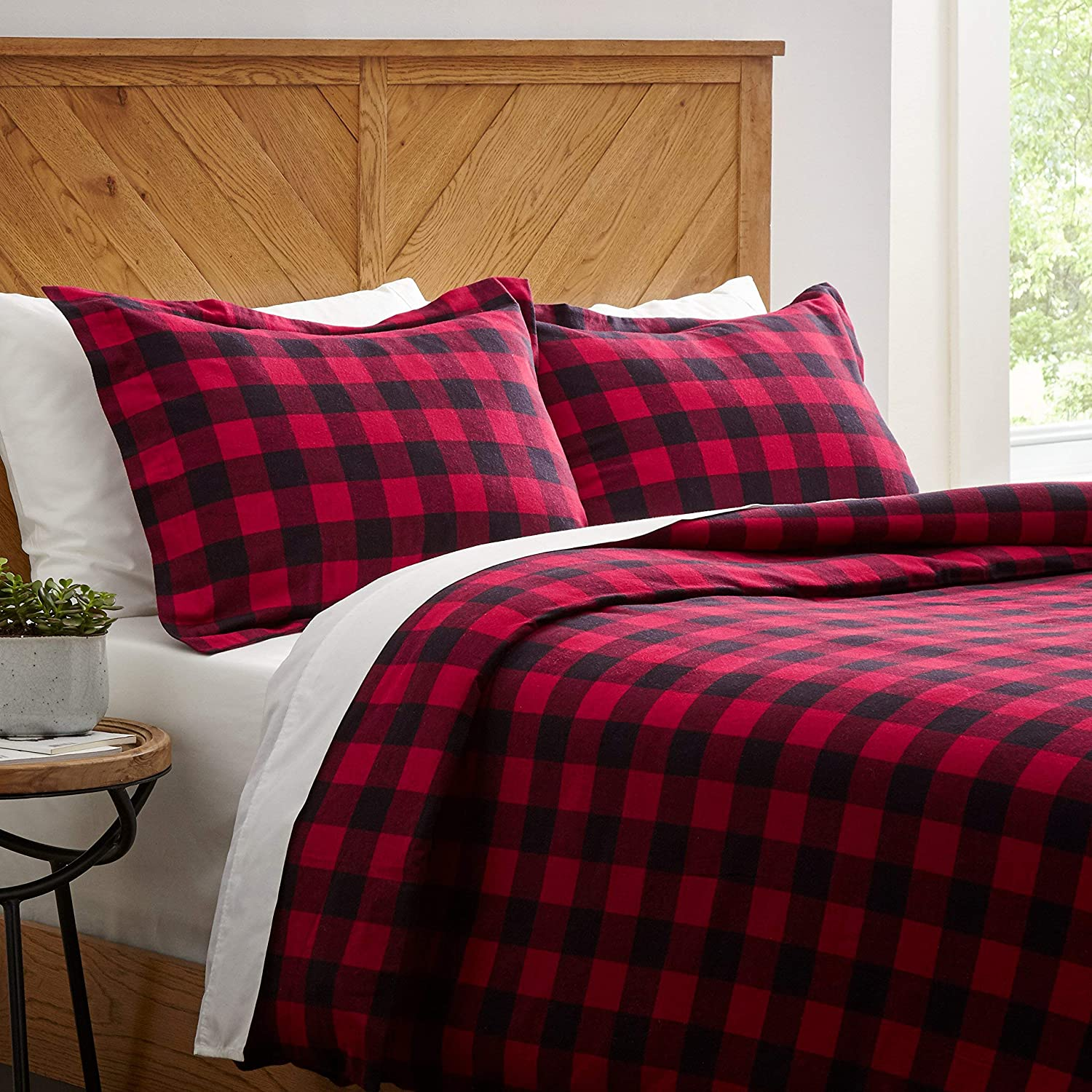 Stone & Beam Rustic Buffalo Check Soft and Breathable Flannel Yarn-Dyed Duvet Set, Full Queen, Red and Black