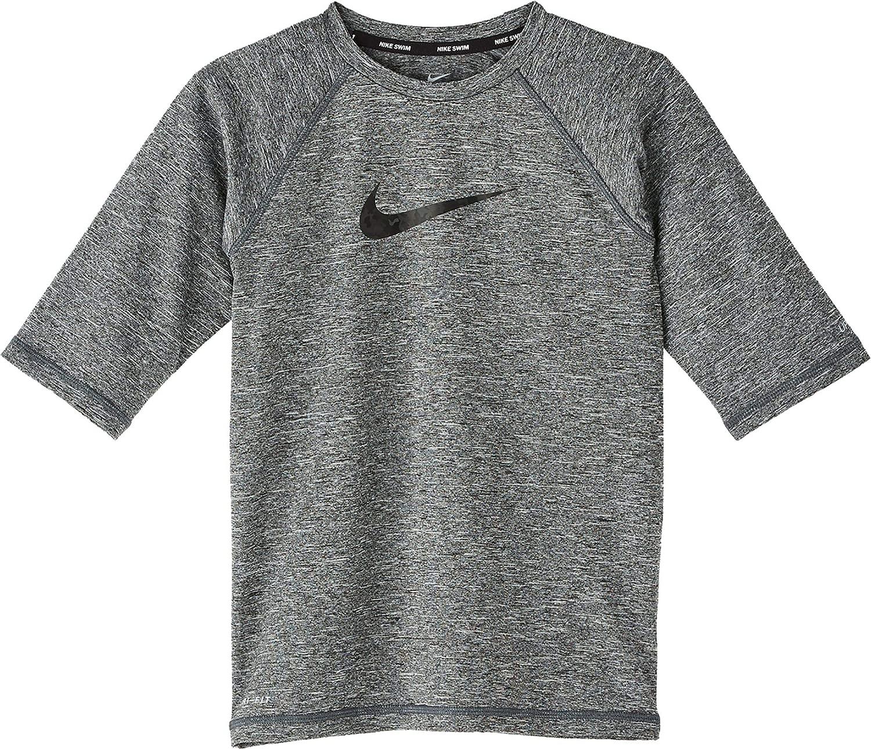 Nike Kids Boy's Heather Camo Swoosh Short Sleeve Hydro Guard (Little Kids/Big Kids) 黒 Medium