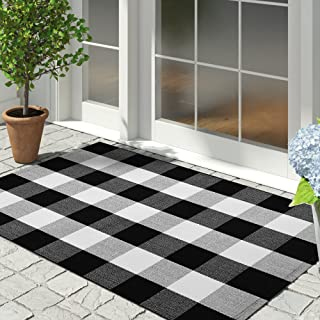 IOHOUZE Cotton Buffalo Plaid Check Rug Outdoor Doormat 27.5 x 43 Inches Washable Woven Outdoor Indoor Welcome Mats for Fro...