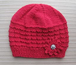 Knitting Pattern Red Hat in Waffle Stitch with a Knitted Flower for a Lady (English Edition)