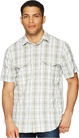 7b30fadccc2bb Filson Short Sleeve Feather Cloth Shirt at Zappos.com