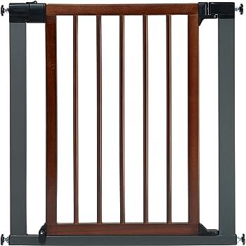 Amazon Com Munchkin Wood And Steel Designer Baby Gate Dark Wood Silver Model Mk0007 012 Baby