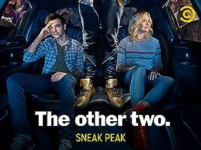 The Other Two - Sneak Peek Season 1