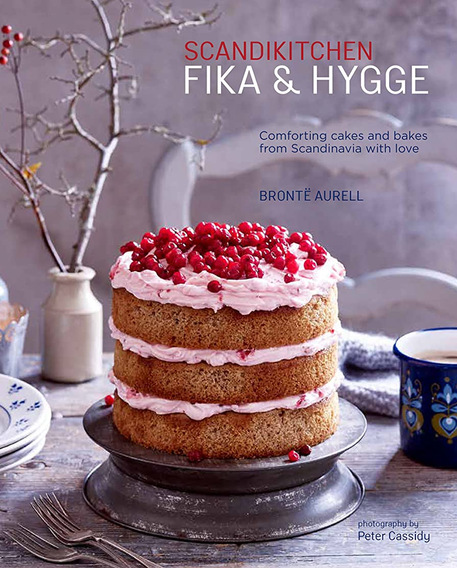 スポーツをする他のバンドでレギュラーScandiKitchen: Fika and Hygge: Comforting cakes and bakes from Scandinavia with love (English Edition)