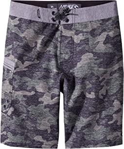 Mirage Rogue Hawaii Boardshorts (Big Kids)