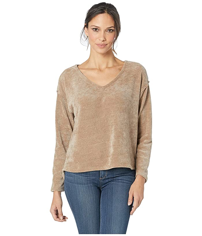 Dylan by True Grit Cozy Crush Claire V-Neck Long Sleeve Classic Pullover (Wheat) Women