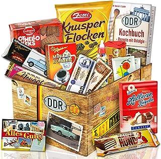 Ostprodukte-Versand.de Ostprodukte Süssigkeiten Box – Zetti Knusperflocken Vollmilch, Halloren-Kugeln Classic, Viba Nougat Stange uvm.  Ost Waren DDR Box als Geschenkkorb mit Kultprodukten der DDR  Ostpaket DDR Geschenkbox DDR Produkt DDR Süßigkeiten-Box Waren DDR Geschenk