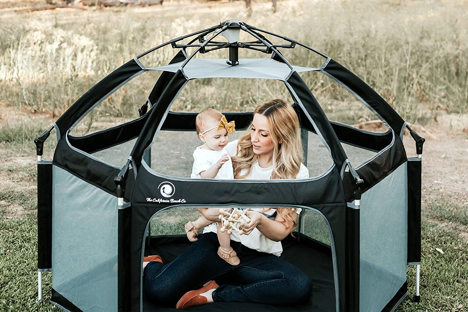 Folding Pop N Go Portable Playpen Lightweight Easily Collapsible Play Crib for Indoor /& Outdoor Play Perfect Canopy Play Pen for Any Baby Toddler or Small Child Black + Mattress