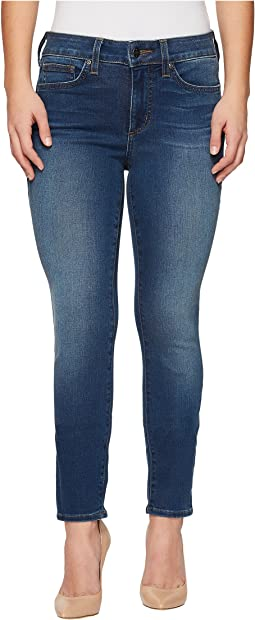 Petite Alina Legging Jeans in Smart Embrace Denim in Noma