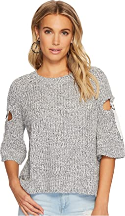 1.STATE Short Sleeve Sweater w/ D-Ring Detail