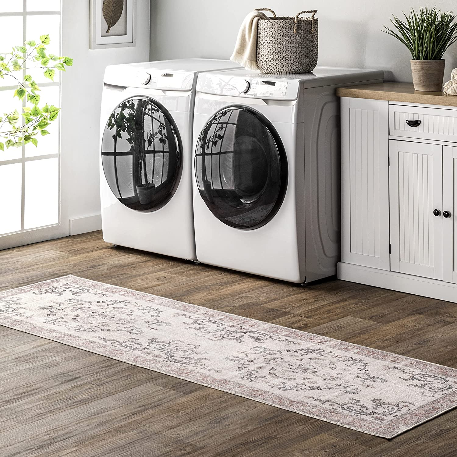 nuLOOM Layna Machine Washable Don't miss the campaign Distressed National uniform free shipping 2' Rug Runner Vintage