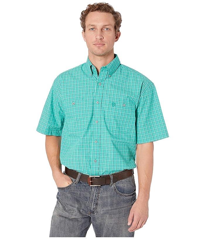 Wrangler  George Strait Short Sleeve Two-Pocket Plaid (Emerald) Mens Short Sleeve Button Up