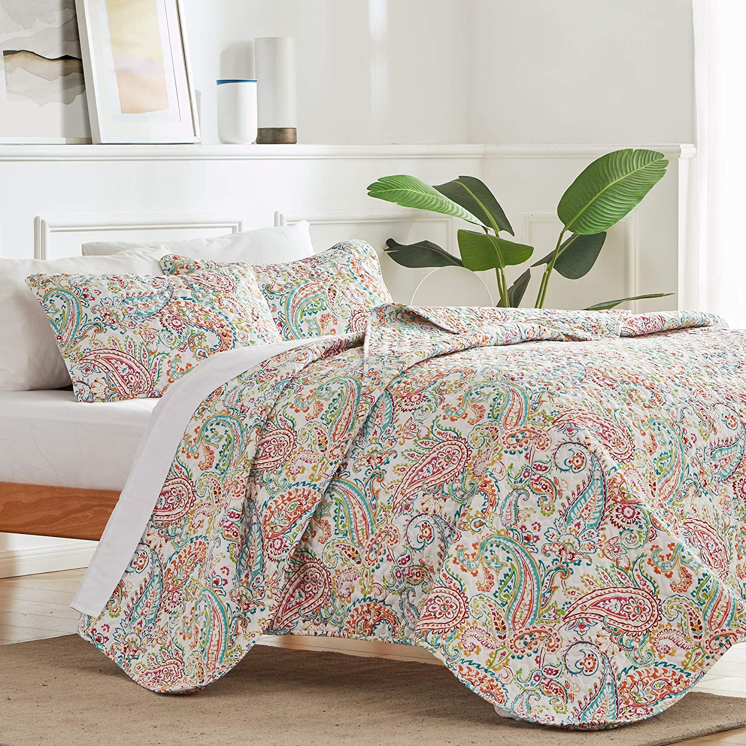 SLEEP ZONE 3-Piece Printed Quilt Set - Full/Queen Size (2 Pillow Shams) - Lightweight Reversible Bedding Coverlet Set for All Season (Classic Paisley Pattern)