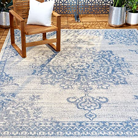 "Home Dynamix Nicole Miller Patio Country Azalea Indoor/Outdoor Area Rug 5'2""x7'2"", Traditional Medallion Gray/Blue"