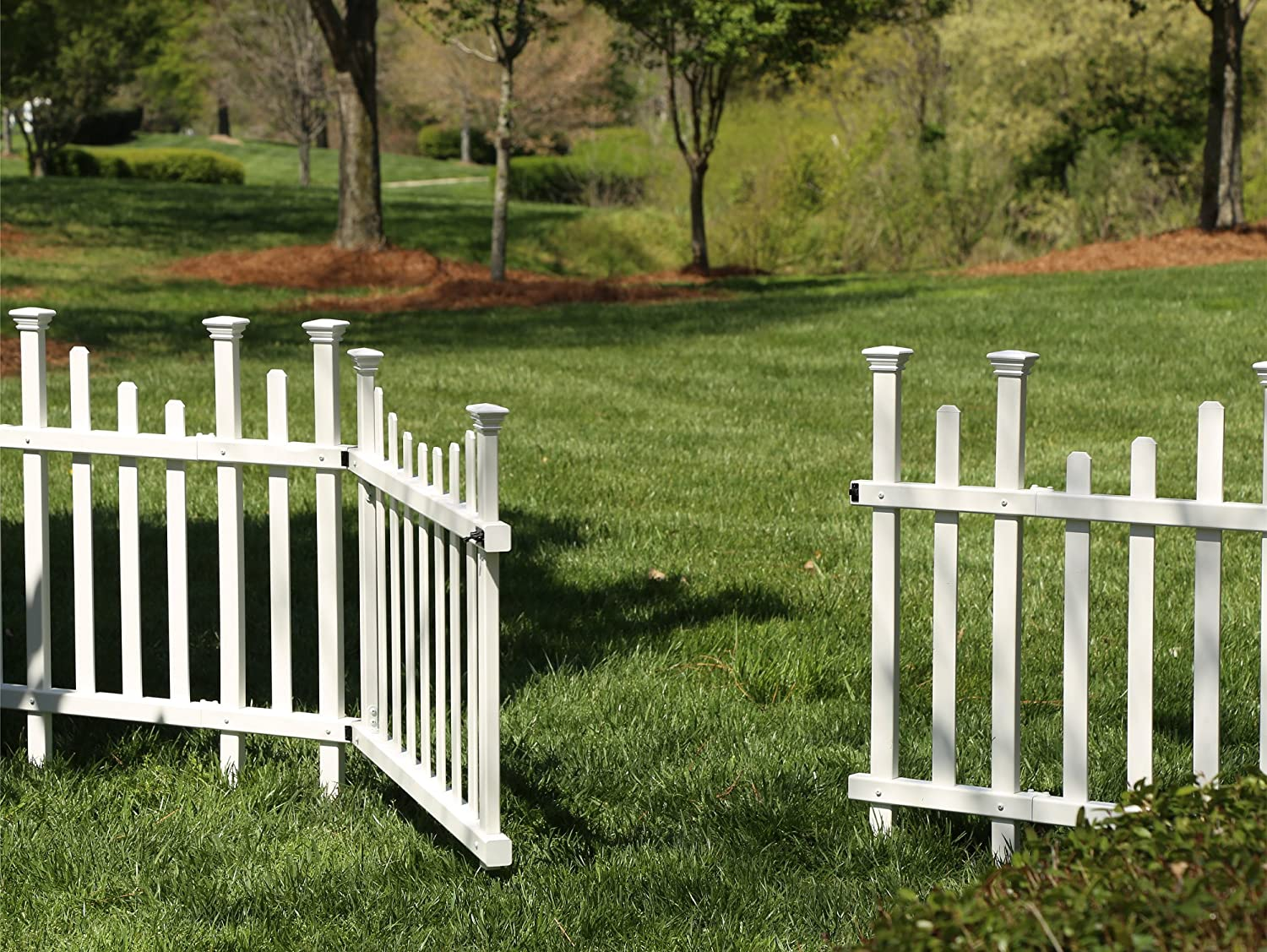 Zippity Outdoor Products ZP19028 New product!! Unassembled Vinyl Madison shipfree Gate