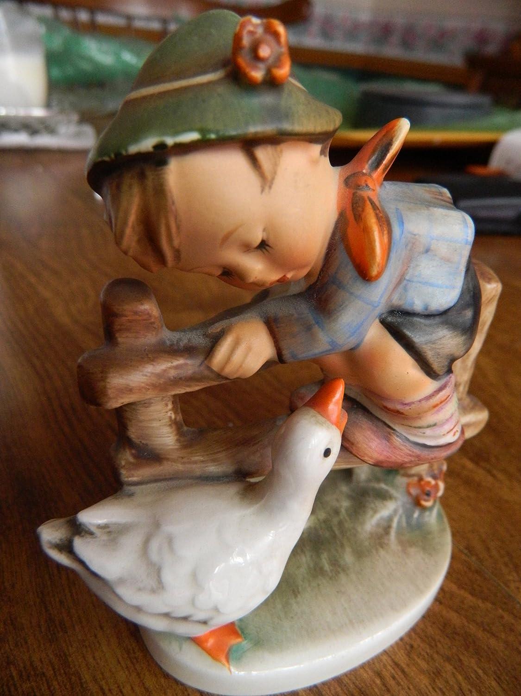 Hummel Goebel figurine 195