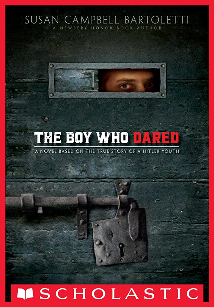 床を掃除する船左The Boy Who Dared (English Edition)