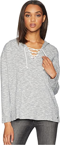Discovery Arcade Knit V-Neck Top