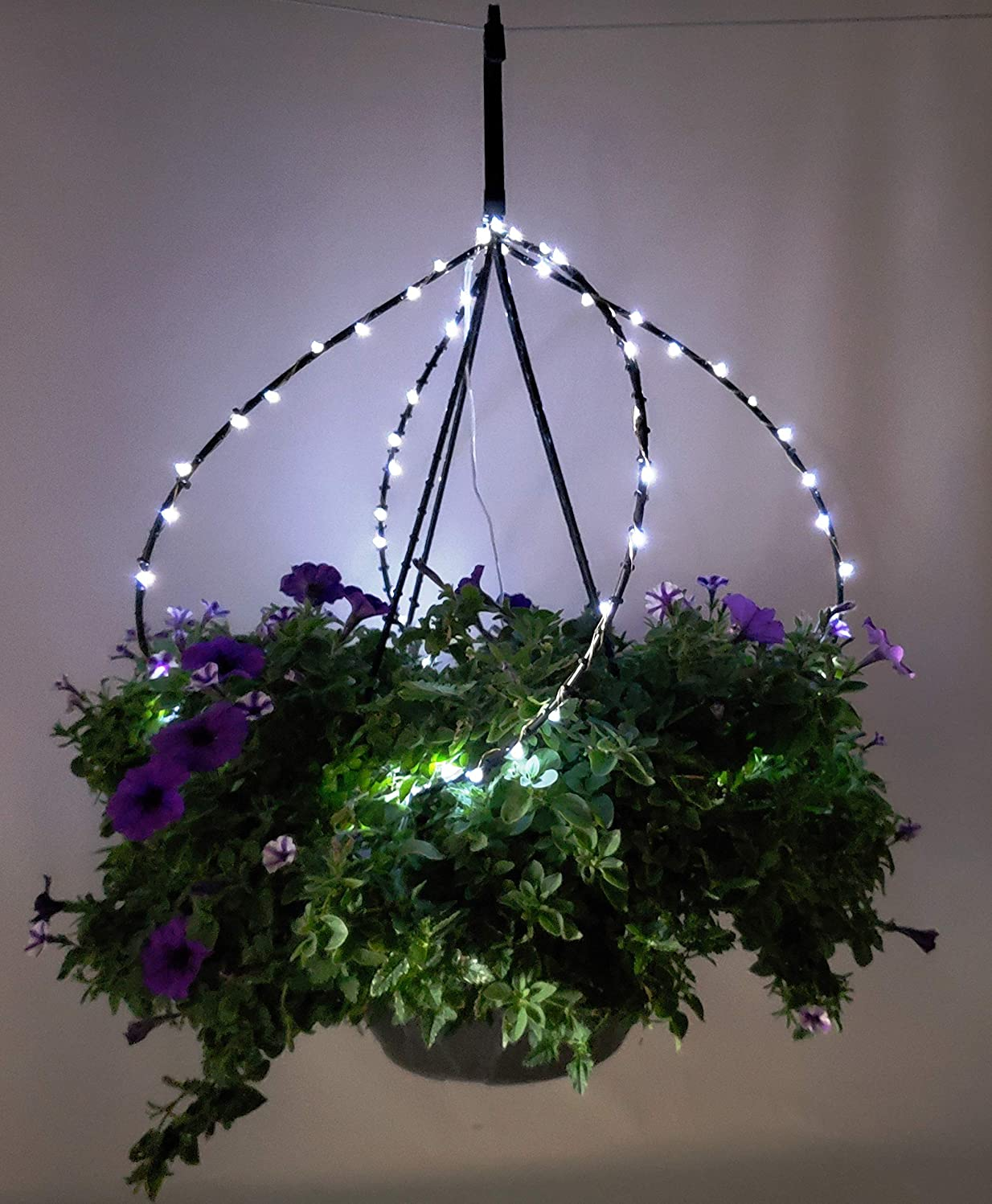 2 Pack Scroll Trellis Decorative Outdoor Solar Lights Combination All-in-One Hanger Plus a Trellis for 12 Inch Wide 4 Strand Hanging Baskets Replacement Plastic Hanger (2, Bright White Solar Lights)