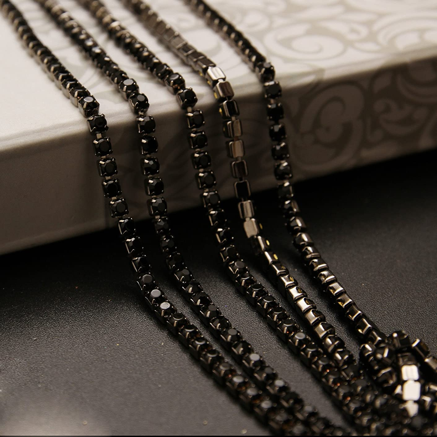 USIX 10 Yards Crystal Rhinestone Close Chain Trimming Claw Chain Multi Size Color Rhinestone Chain for DIY Arts Craft Sewing Jewelry Making, Jet-Black Chain, SS12/3.0MM