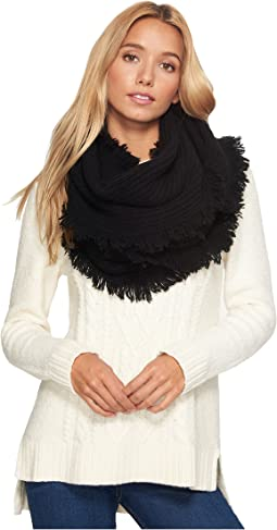 Side Fringe Scarf