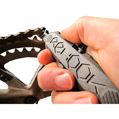 Rehook Get your chain back on your bike in 3 seconds. Without the mess present