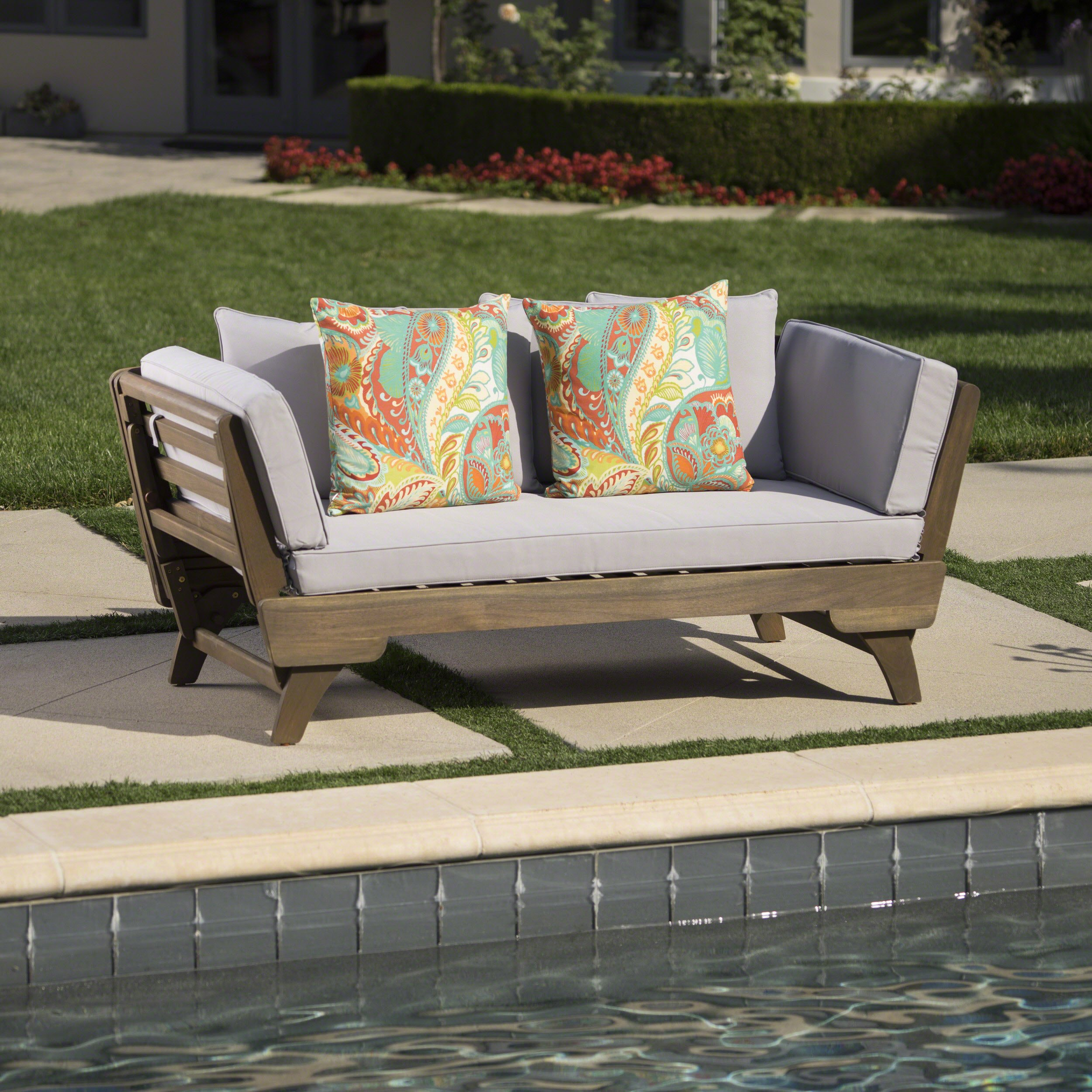 Othello Outdoor Finished Resistant Cushions