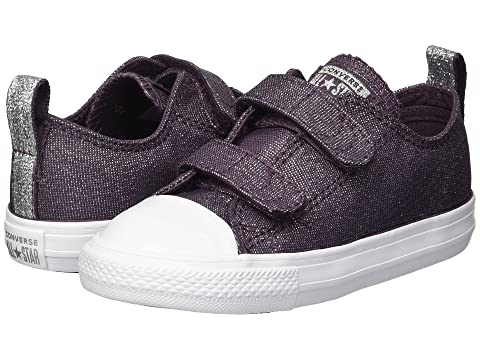 2e7b684b917 Converse Kids Chuck Taylor® All Star® 2V Ox (Infant Toddler) at 6pm