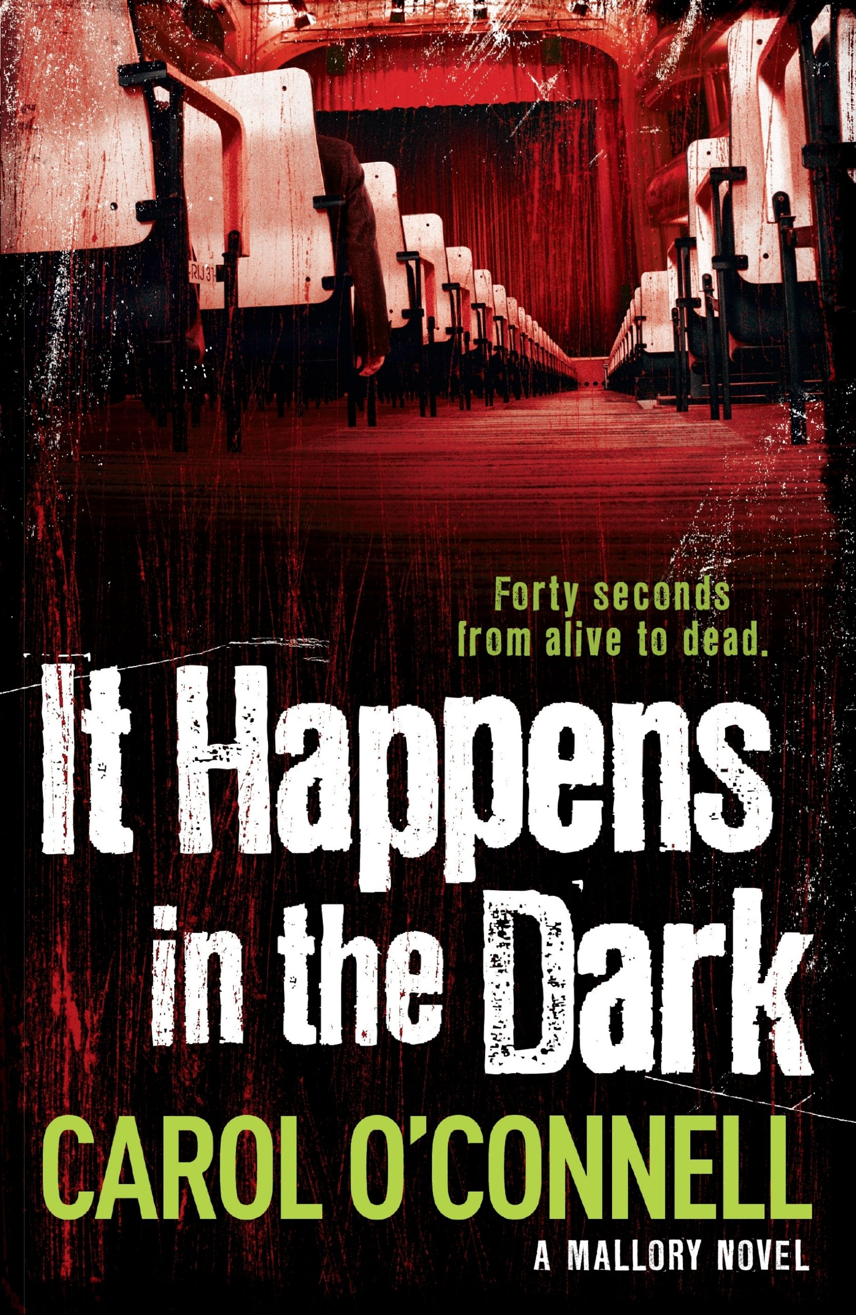 It Happens In The Dark: Kathy Mallory: Book Eleven (English Edition)