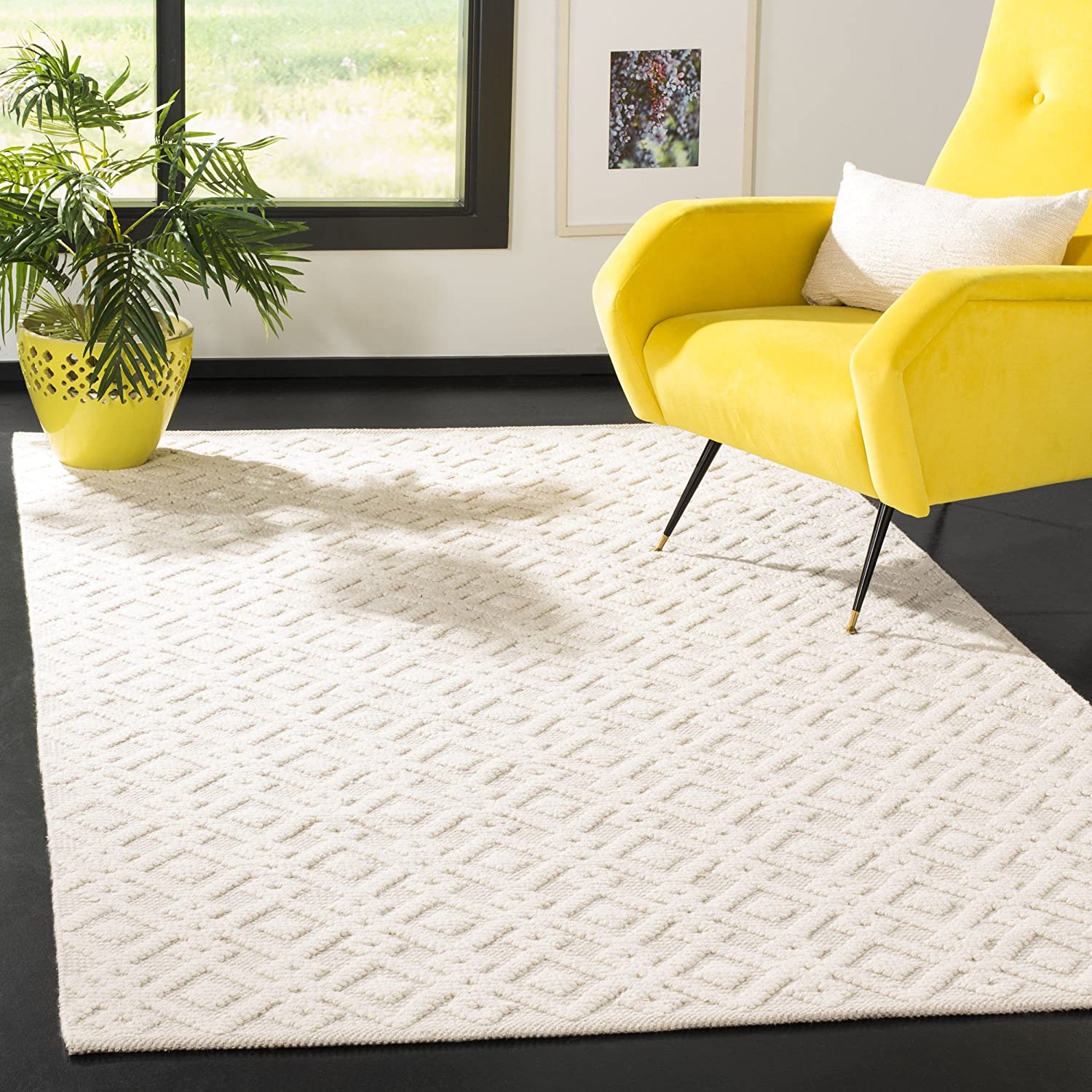 Safavieh Vermont Collection VRM102A Ivory Area Rug (3' x 5')