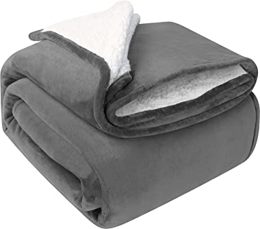 Utopia Bedding Sherpa Bed Blanket Queen Size Grey Plush Blanket Fleece Reversible Blanket for Bed and Couch