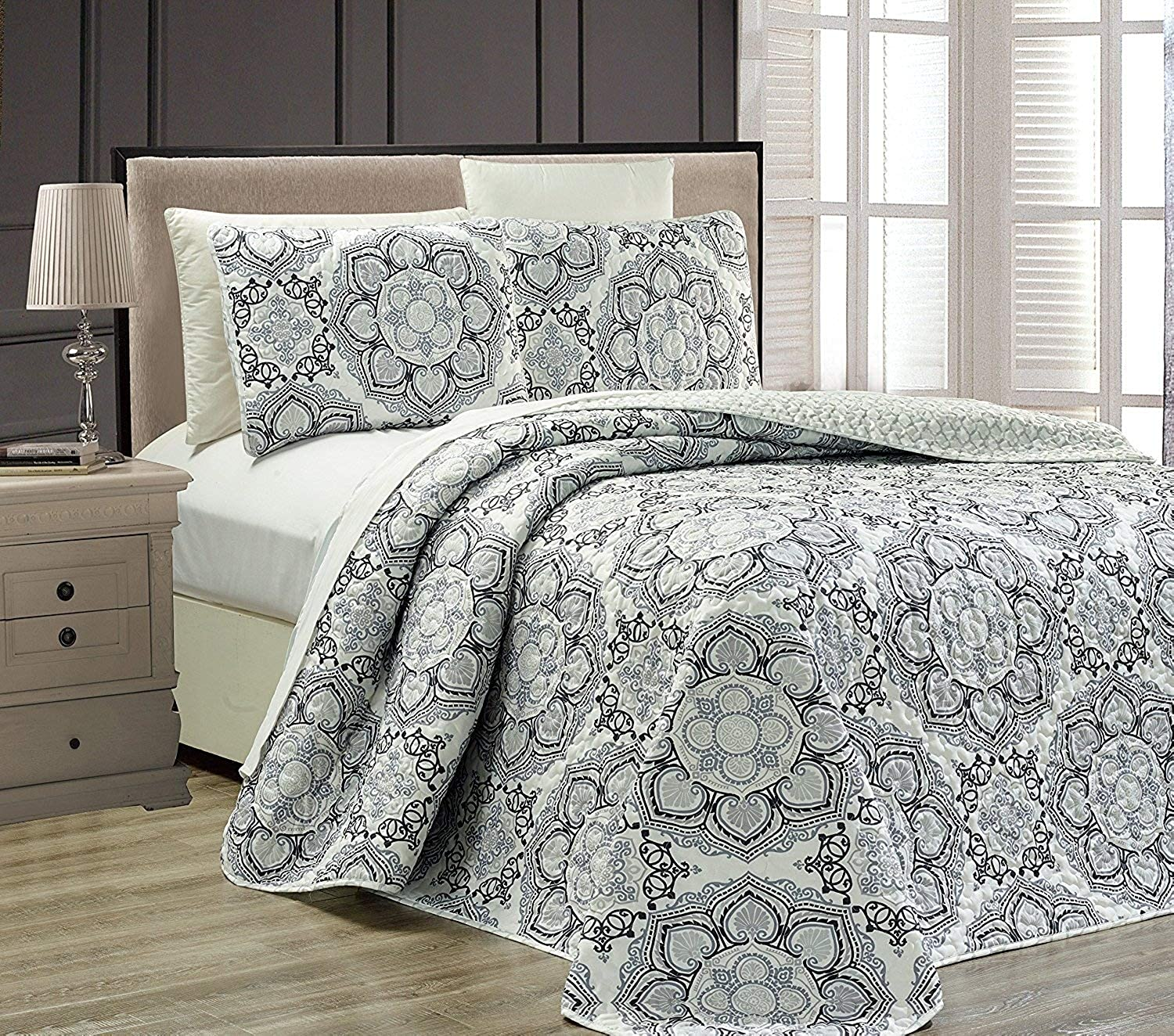 Fancy Collection 3 pc Bedspread Bed Cover Modern Reversible White Grey Black New  Linda Grey King California King Over Size 118  x 95