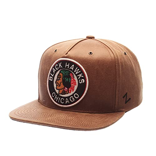 a945a9b9bd56c Chicago Blackhawks Snapback  Amazon.com