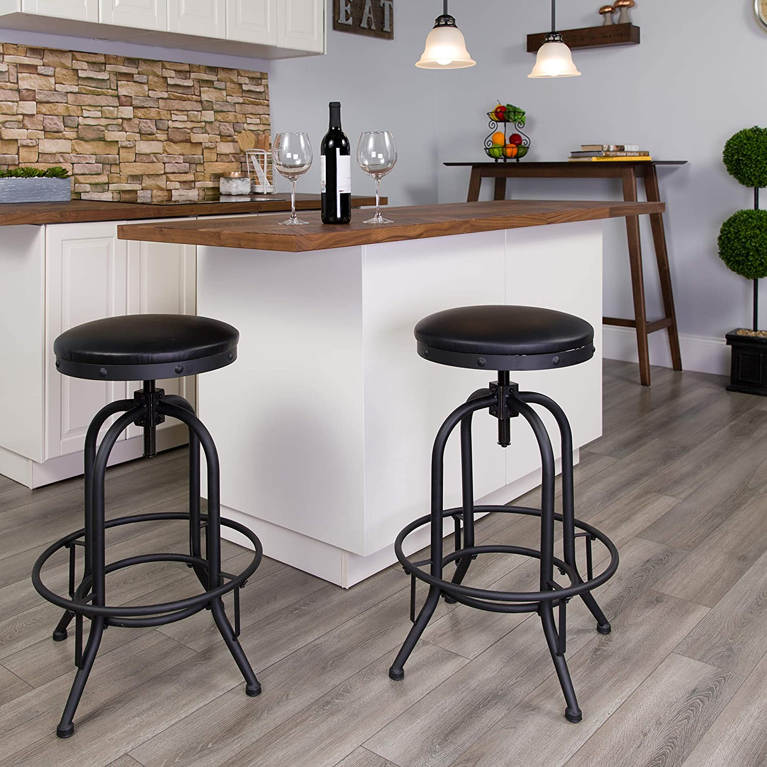 Max 88% OFF Flash Furniture 30'' Barstool with LeatherSoft Lift Black Swivel El Paso Mall