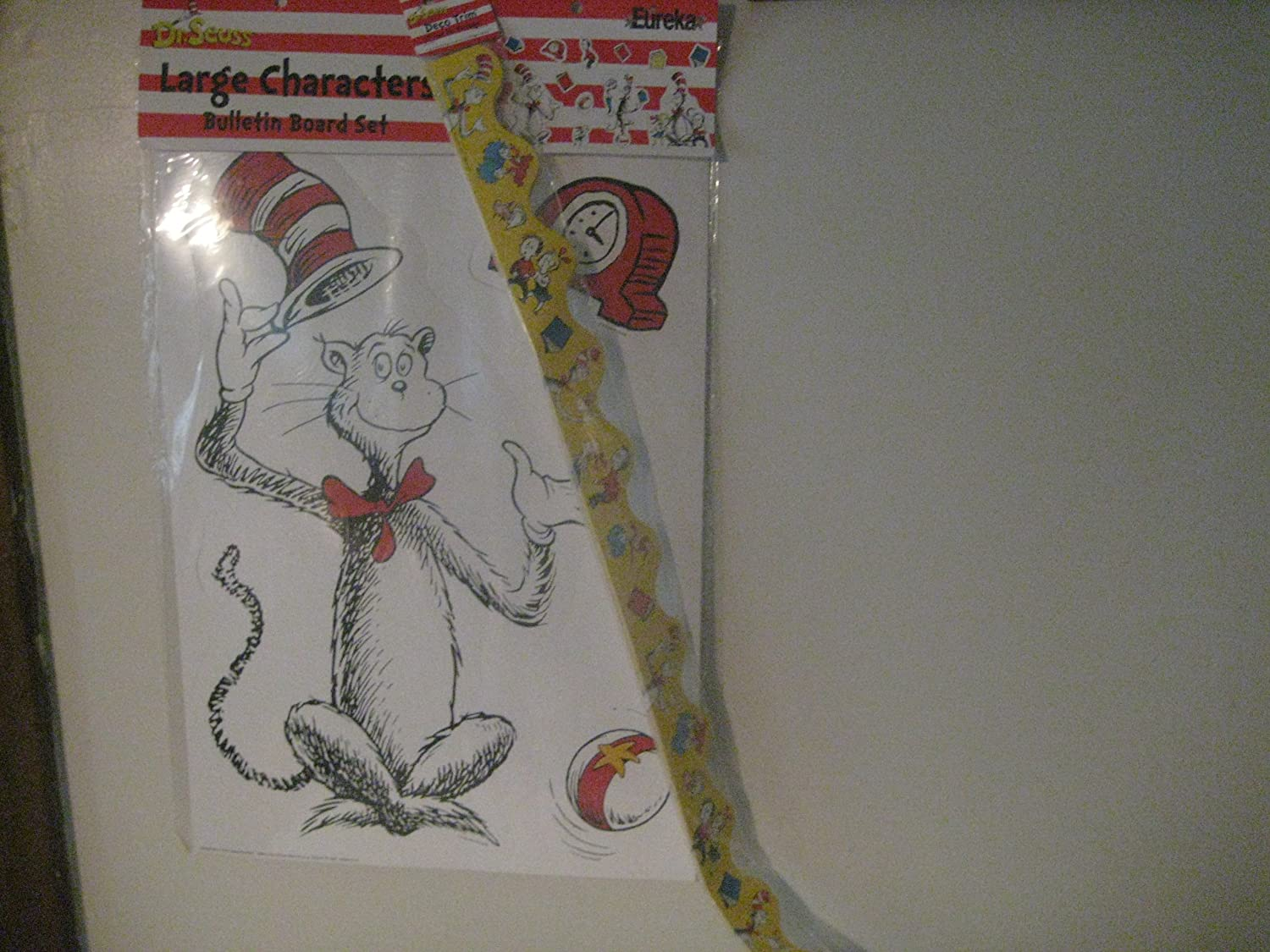 Eureka Dr. Seuss's Cat in the Max Outlet SALE 53% OFF Bulletin Boar Characters Hat Large