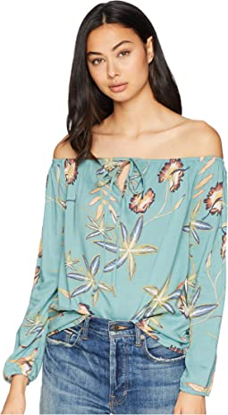 Paradise Eyes Long Sleeve Cold Shoulder Top
