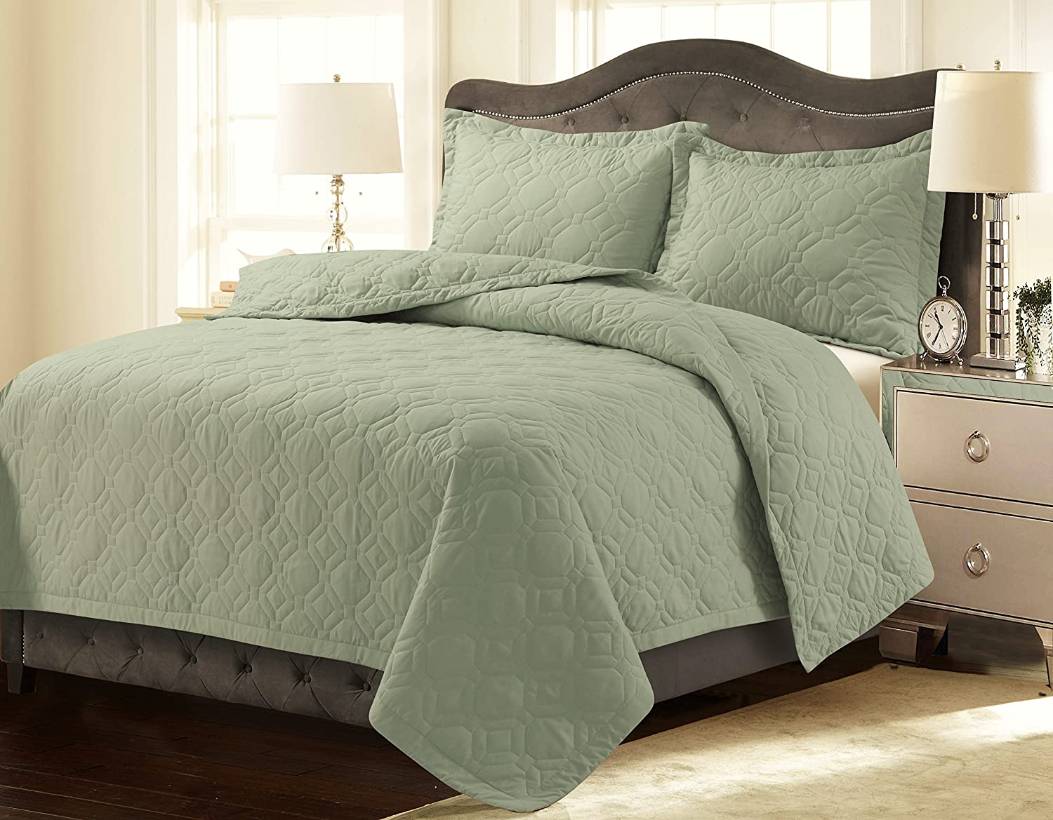 Tribeca Living LYONQUILTKISA Lyon Solid Oversized Geometric Quilt Set, King, Sage Green