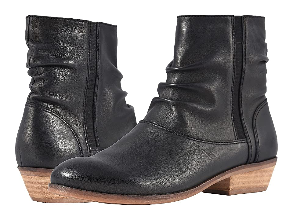 SoftWalk Rochelle (Black) Women