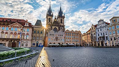 """Explore the """"heart of Prague"""" in the Old Town Square"""