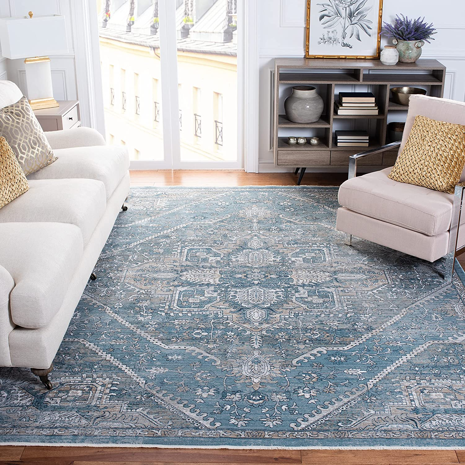 Max 72% OFF Safavieh Victoria Collection VIC932F Traditional Distres Animer and price revision Vintage