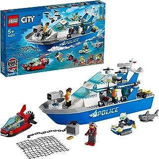 قارب دوري عائم ليغو مزود بصوت موديل 60277، بالاضافة الى سكوتر مائي ومينيساب، ومجموعة مجسمات شرطيين