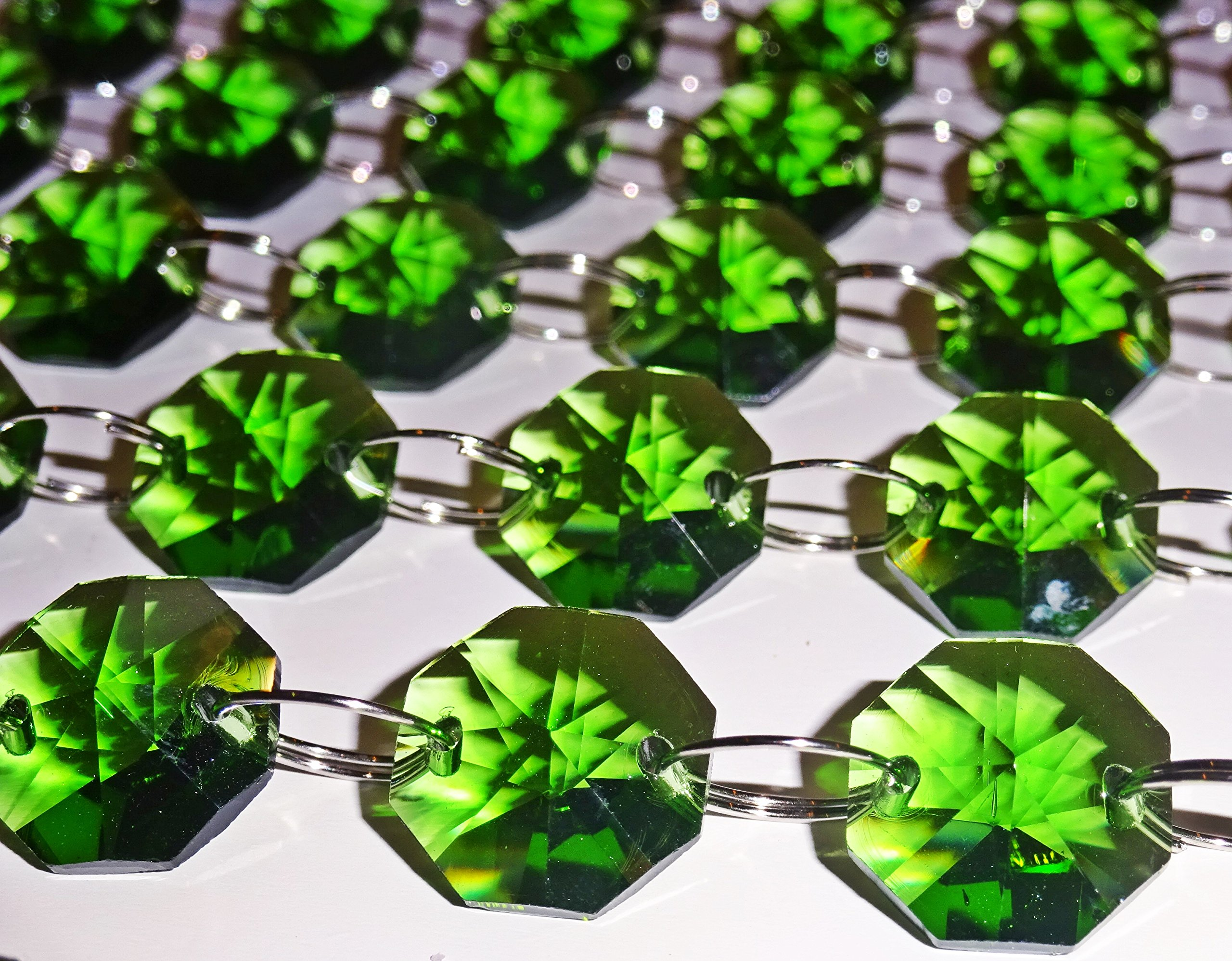100 14mm Octagon Emerald Green Chandelier Drops Parts Cut Glass Crystals Droplets Beads Christmas Tree Ornaments Vintage Chic Wedding Decorations