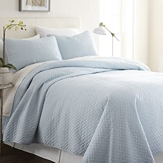 ienjy Home Herring Patterned Quilted Coverlet Set, King, Pale Blue