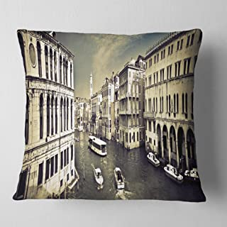 Designart Venice Cityscape' Photography Throw Cushion Pillow Cover for Living Room, sofa 18 in. x 18 in