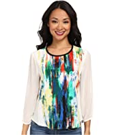 Vince Camuto - Long Sleeve Artistic Composition Crew Neck Blouse