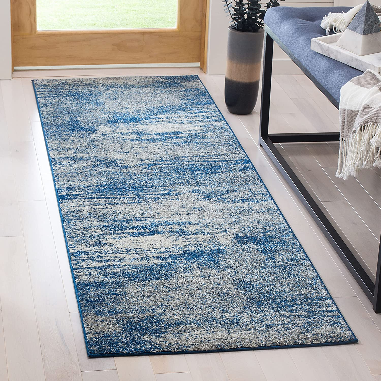 Safavieh Evoke Collection EVK272A Max 67% OFF Abstract Non-Shedding S Popular standard Modern